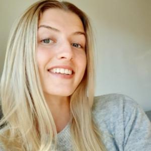 Alva Engström